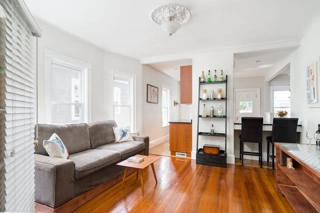 42 Banks St #2, Somerville, MA 02144 (MLS #72851290) :: Conway Cityside