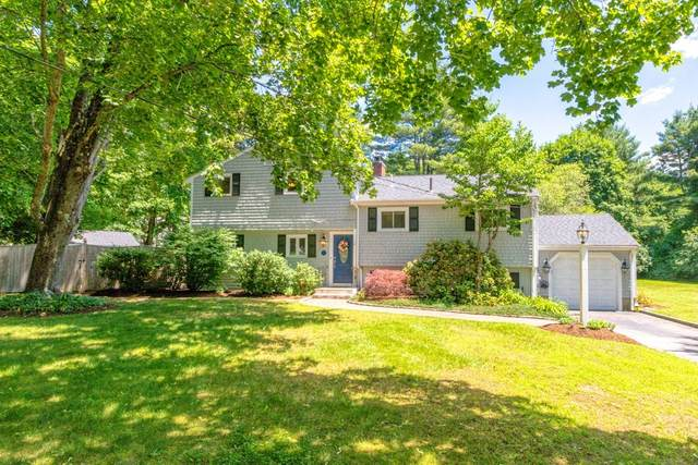 1 Stagecoach Rd, Medfield, MA 02052 (MLS #72851448) :: Welchman Real Estate Group
