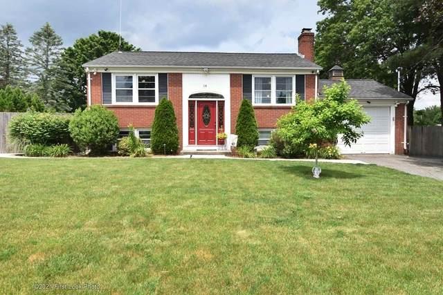 16 Sun Valley, Cumberland, RI 02864 (MLS #72851914) :: Spectrum Real Estate Consultants