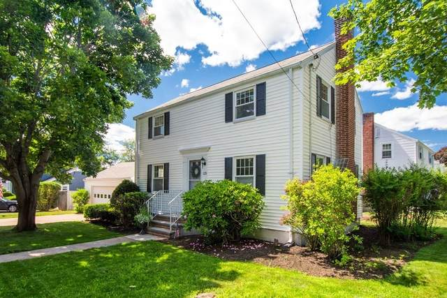 125 Dow Ave, Arlington, MA 02476 (MLS #72852075) :: DNA Realty Group