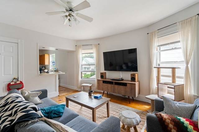 275 Tremont Street, Newton, MA 02458 (MLS #72852490) :: The Gillach Group