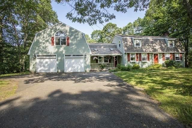 42 Summer St, Foxboro, MA 02035 (MLS #72852597) :: The Duffy Home Selling Team