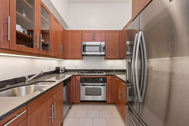 1 Charles Street #1601, Boston, MA 02116 (MLS #72855387) :: Charlesgate Realty Group