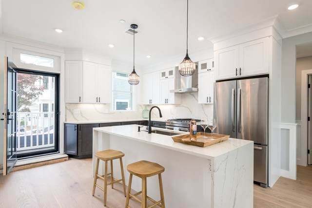 113 Beacon St B, Somerville, MA 02143 (MLS #72855413) :: Charlesgate Realty Group