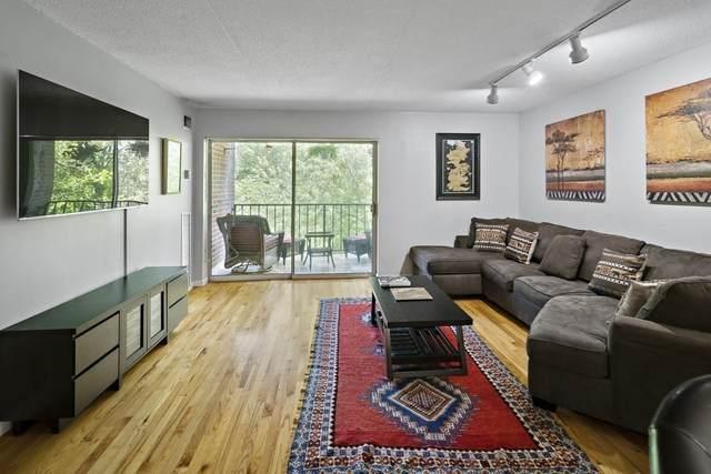 50-56 Broadlawn Park #402, Boston, MA 02467 (MLS #72855499) :: Charlesgate Realty Group
