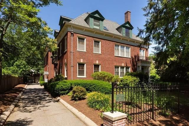 104 Babcock #3, Brookline, MA 02446 (MLS #72856142) :: Kinlin Grover Real Estate