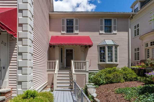 204 Nesmith St #214, Lowell, MA 01852 (MLS #72856591) :: Anytime Realty