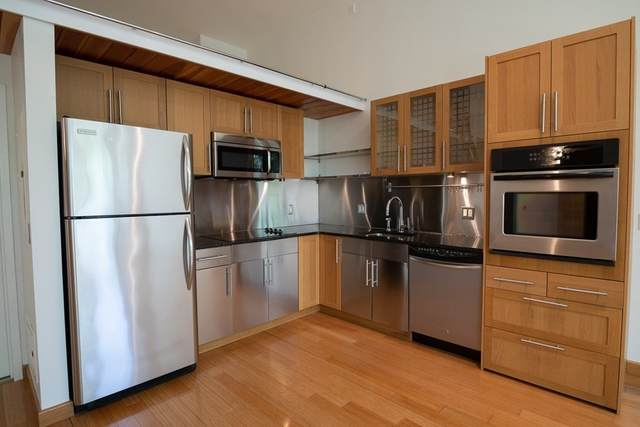 290 Pleasant St #305, Watertown, MA 02472 (MLS #72856688) :: Home And Key Real Estate