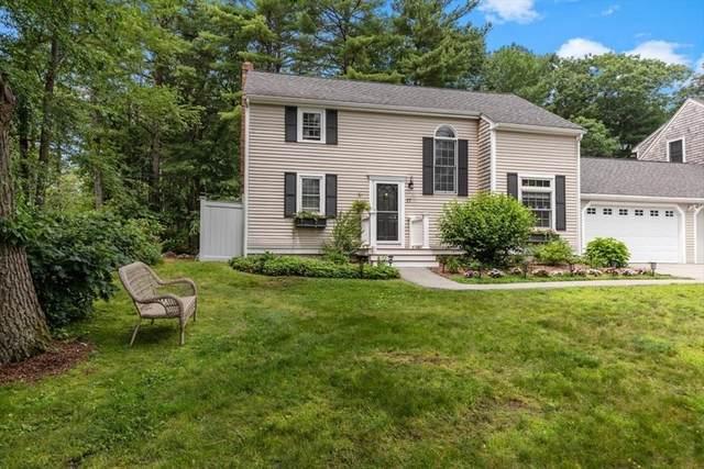 17 Cedarledge Village, Cohasset, MA 02025 (MLS #72863198) :: Kinlin Grover Real Estate