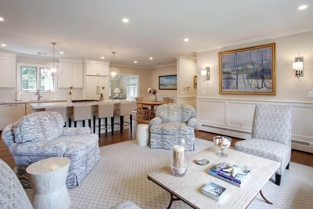 170 Wianno Circle, Barnstable, MA 02655 (MLS #72865074) :: Spectrum Real Estate Consultants