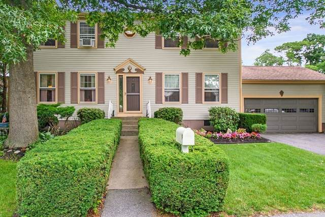 9 Country Dr, Somerset, MA 02726 (MLS #72865775) :: Home And Key Real Estate