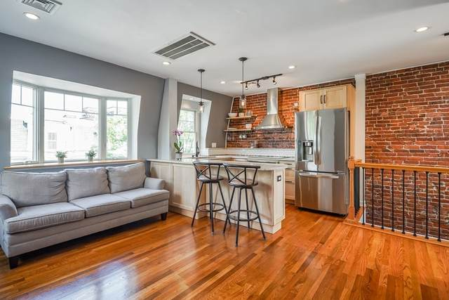 165 I St #3, Boston, MA 02127 (MLS #72865873) :: Dot Collection at Access