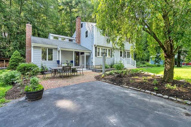 110 Packard Rd, Stow, MA 01775 (MLS #72866533) :: The Ponte Group