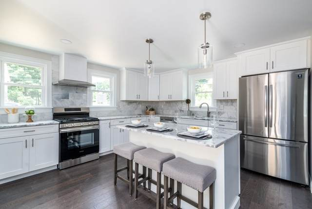 16 Clark Rd, Andover, MA 01810 (MLS #72868765) :: Home And Key Real Estate