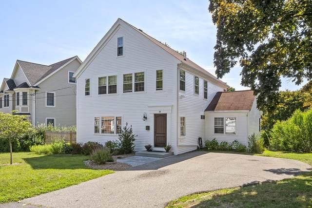 28 Longmeadow Rd, Arlington, MA 02474 (MLS #72869088) :: Spectrum Real Estate Consultants