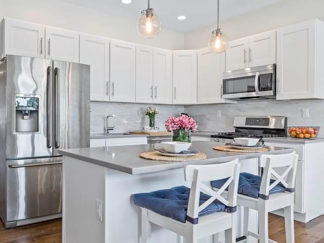 1 Saint Clare Rd #12, Medford, MA 02155 (MLS #72869286) :: Maloney Properties Real Estate Brokerage