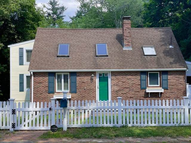 14 Brookdale Ave, Wellesley, MA 02482 (MLS #72869359) :: Spectrum Real Estate Consultants
