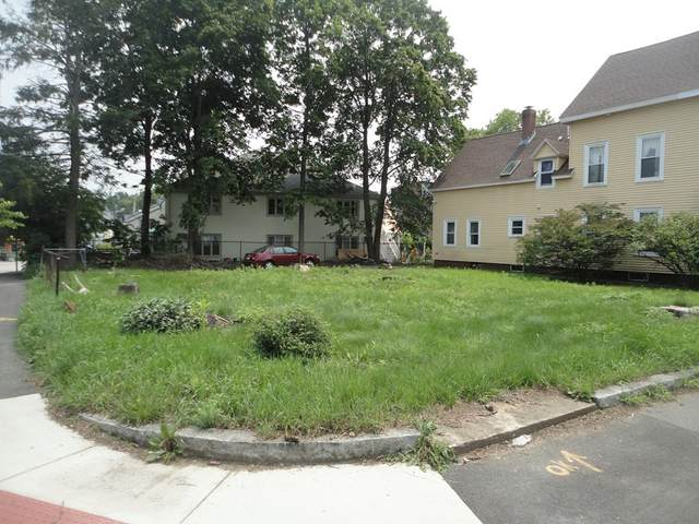 8-10 William, Haverhill, MA 01830 (MLS #72869410) :: EXIT Realty