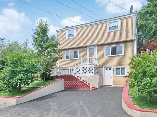 84 Hillview Rd, Westwood, MA 02090 (MLS #72869534) :: Trust Realty One