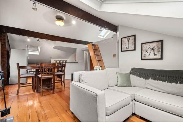 2 Phillips #4, Boston, MA 02114 (MLS #72870597) :: Zack Harwood Real Estate | Berkshire Hathaway HomeServices Warren Residential