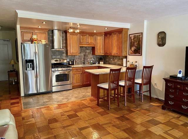 6 Whittier Place 2G, Boston, MA 02114 (MLS #72871454) :: EXIT Realty