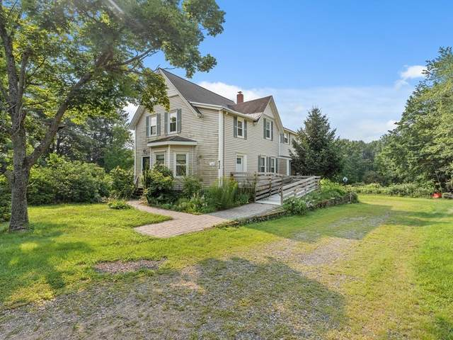 432 W Center St, West Bridgewater, MA 02379 (MLS #72871548) :: The Smart Home Buying Team