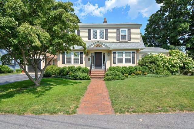 318 Nehoiden St, Needham, MA 02492 (MLS #72873102) :: The Gillach Group