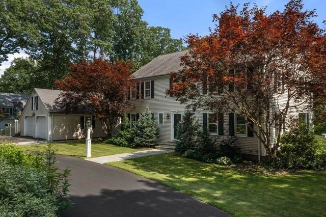 37 Falmouth Rd, Wellesley, MA 02481 (MLS #72873507) :: Welchman Real Estate Group
