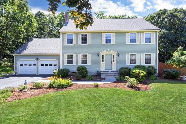 4 Old Carriage Lane, Franklin, MA 02038 (MLS #72874970) :: Alfa Realty Group Inc