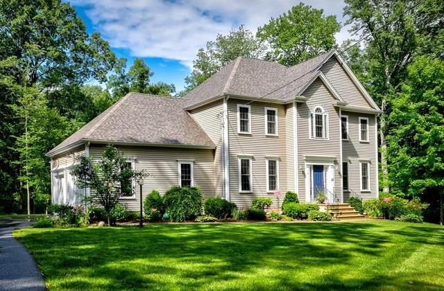 153 Ash St, Hopkinton, MA 01748 (MLS #72875270) :: Chart House Realtors