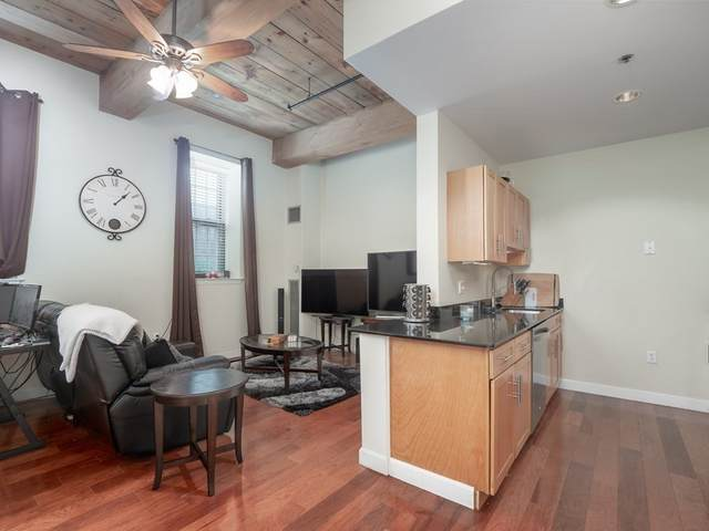 52 Lawrence Drive M315, Lowell, MA 01854 (MLS #72875488) :: Trust Realty One