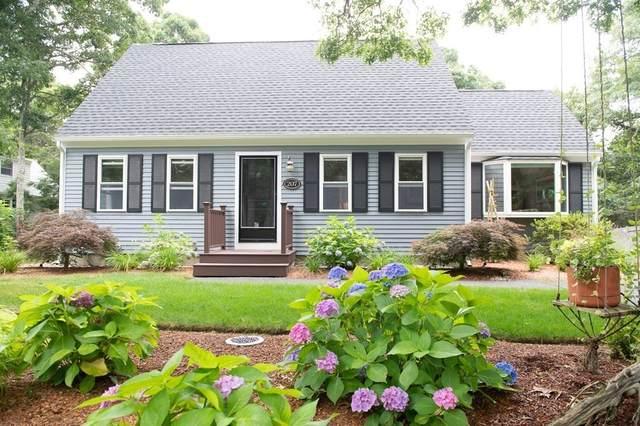 207 Great Pines Dr, Mashpee, MA 02649 (MLS #72875683) :: Westcott Properties