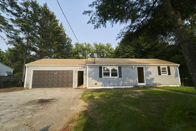 699 Newman Ave, Seekonk, MA 02771 (MLS #72875846) :: Welchman Real Estate Group