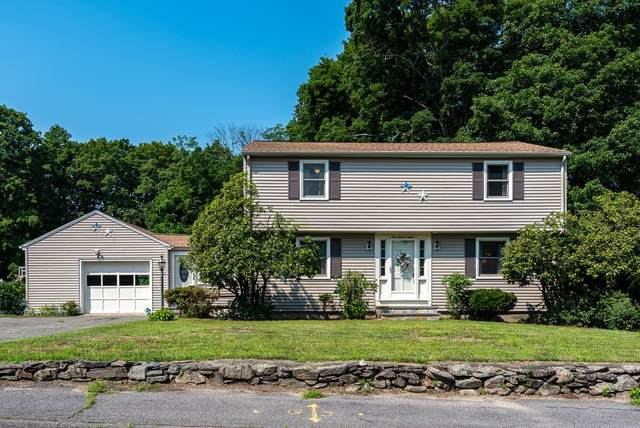 112 Lincoln St, Hudson, MA 01749 (MLS #72877271) :: Cape Cod and Islands Beach Properties