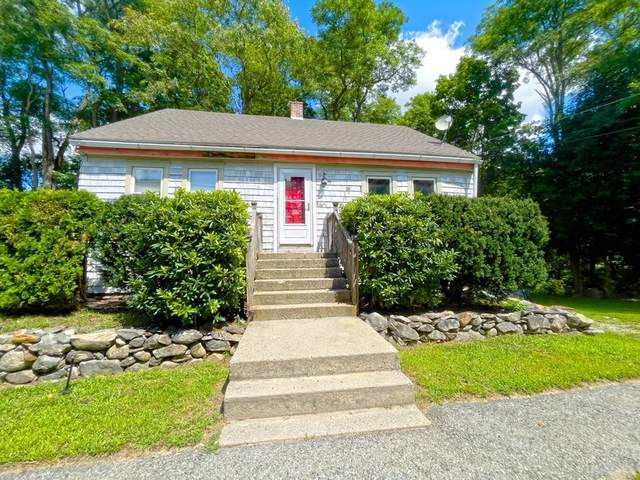 76 Tremont St, Rehoboth, MA 02769 (MLS #72884854) :: The Seyboth Team