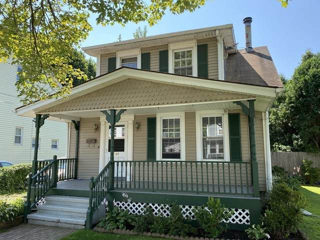 105 Garden Street, West Springfield, MA 01089 (MLS #72888325) :: The Seyboth Team