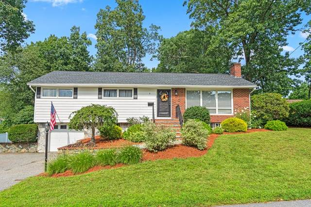 8 Randolph Rd, Stoneham, MA 02180 (MLS #72888402) :: The Smart Home Buying Team