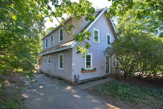 1 Curve St, Medfield, MA 02052 (MLS #72889896) :: Trust Realty One
