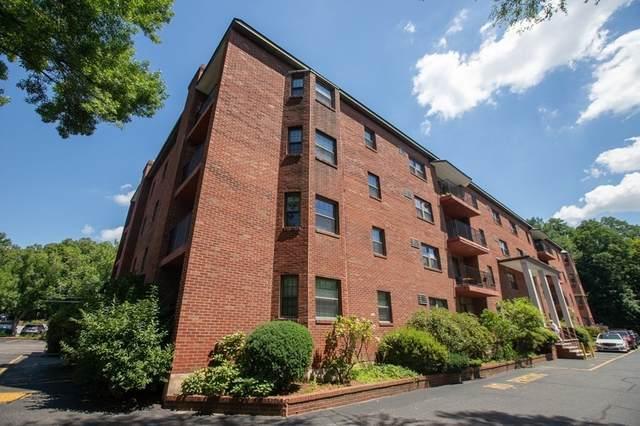 16 Winter Street 35C, Waltham, MA 02451 (MLS #72891219) :: The Smart Home Buying Team