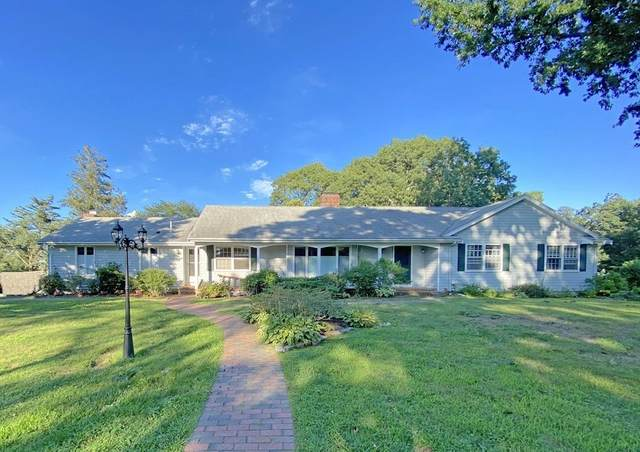 33 W Smith Neck Rd, Dartmouth, MA 02748 (MLS #72892663) :: Welchman Real Estate Group