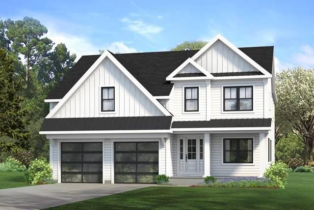 50 Washburn Ave, Wellesley, MA 02481 (MLS #72893829) :: Welchman Real Estate Group