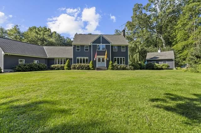 104 Burnt Swamp, Cumberland, RI 02864 (MLS #72894484) :: Welchman Real Estate Group