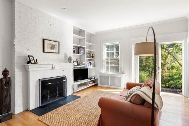 12 Walnut St #5, Boston, MA 02108 (MLS #72895438) :: Kinlin Grover Real Estate