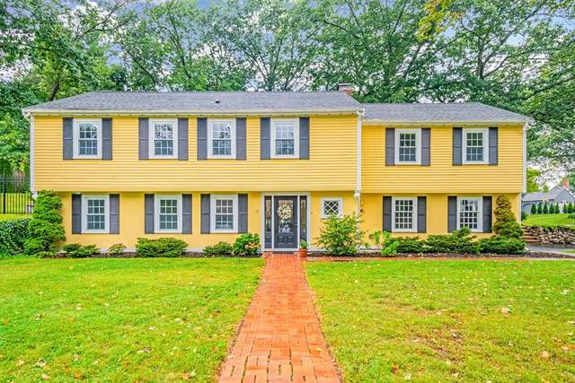 12 Longbow Rd, Lynnfield, MA 01940 (MLS #72896153) :: The Ponte Group