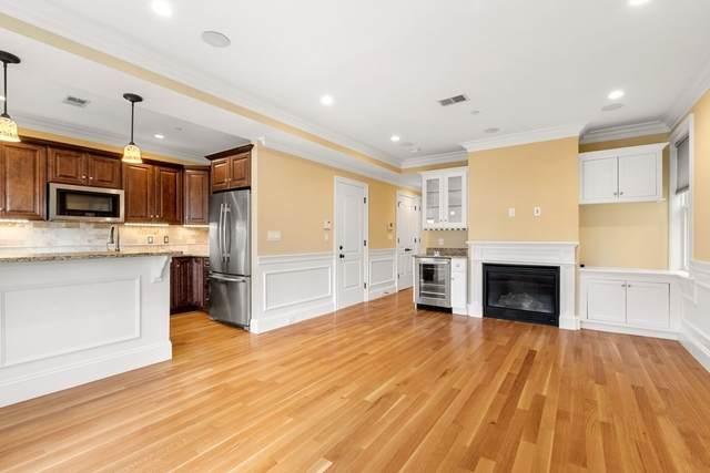 217 M St #3, Boston, MA 02127 (MLS #72896972) :: The Duffy Home Selling Team