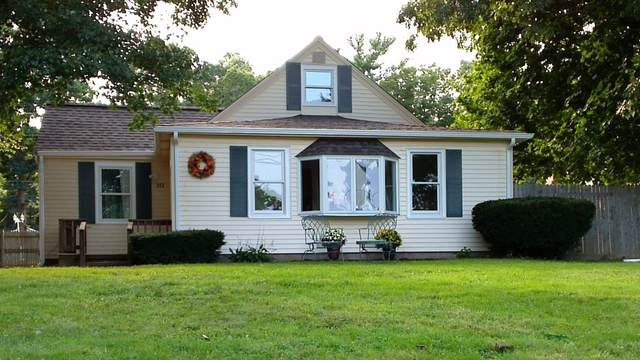 372 Monponsett St, Halifax, MA 02338 (MLS #72897088) :: Rose Homes   LAER Realty Partners