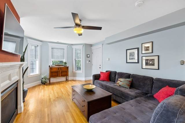 77 Baxter St #3, Boston, MA 02127 (MLS #72897405) :: The Duffy Home Selling Team