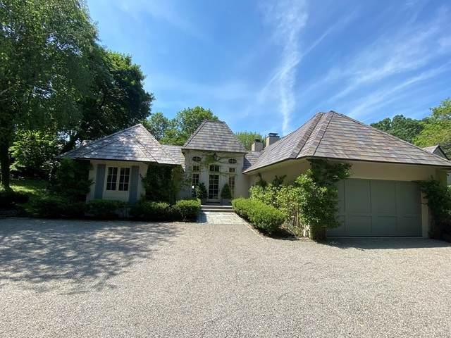 99 Gate House Rd, Newton, MA 02467 (MLS #72898043) :: The Gillach Group