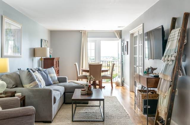 320 W Third St. #205, Boston, MA 02127 (MLS #72898781) :: Cape Cod and Islands Beach Properties