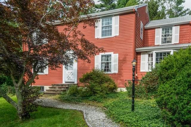 61 Colonial Rd., Medfield, MA 02052 (MLS #72898878) :: The Seyboth Team